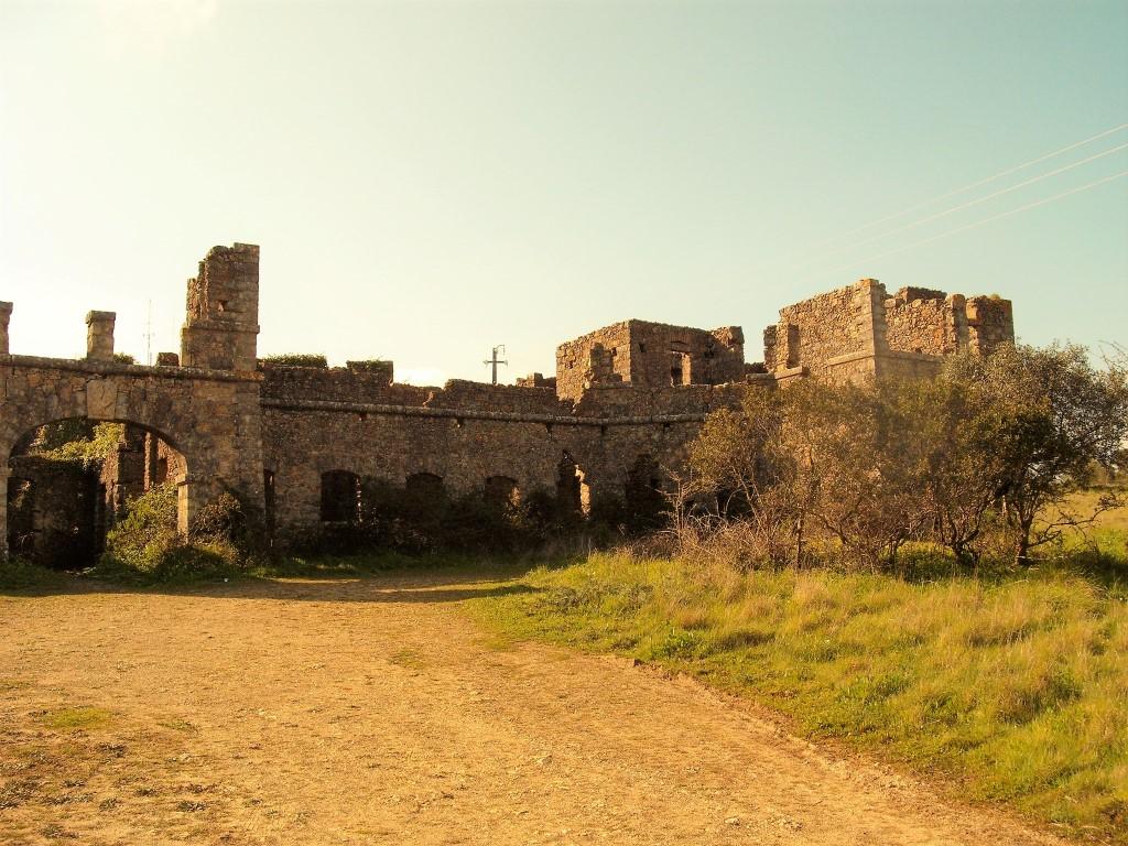 Caminhada pelo Cabeço Montachique e Sanatório do Grandella
