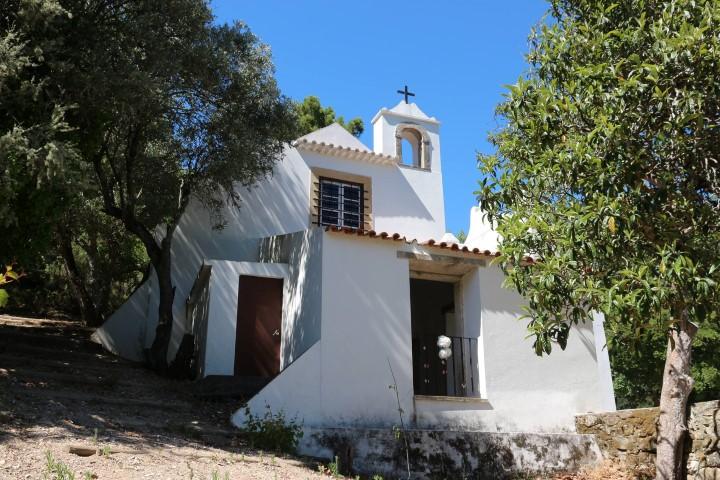 capela_e_vale_do_arquiteto