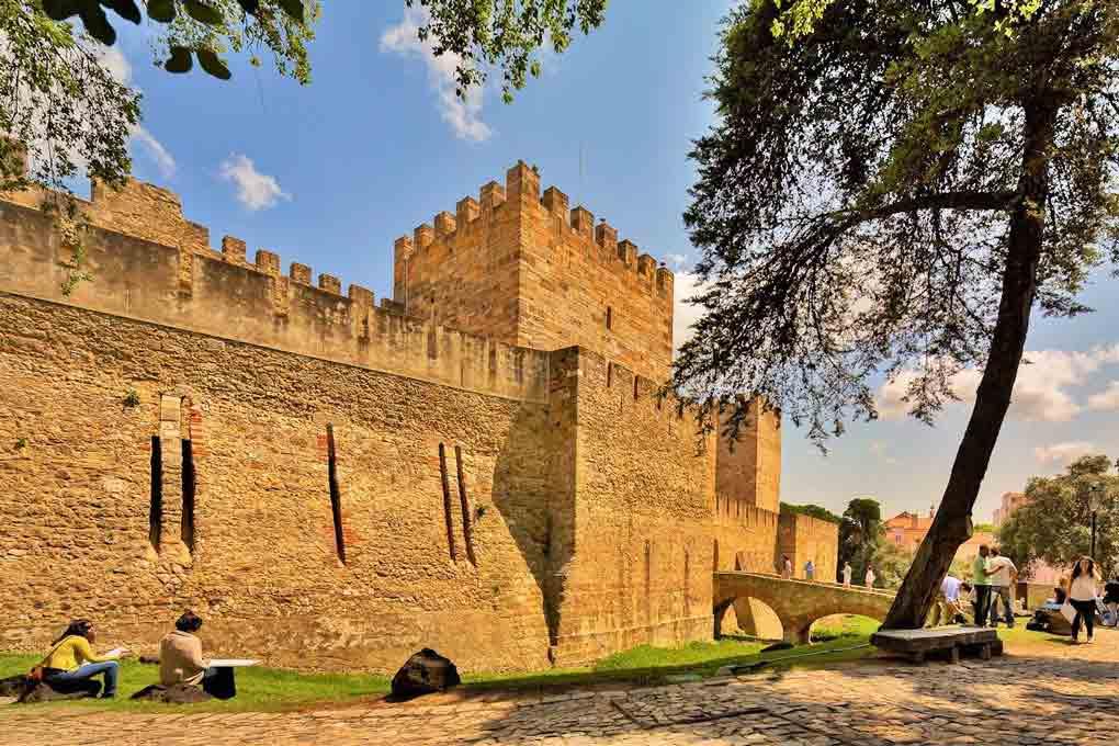 Castelo São Jorge Caminhada Andamento